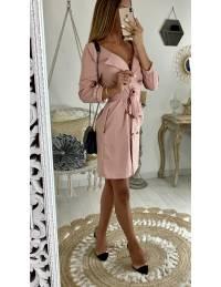 Ma petite robe blazer rose pâle et boutons dorés