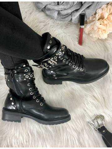 Mes bottes à lacet & boucle