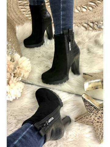 Mes bottines black à talon cranté