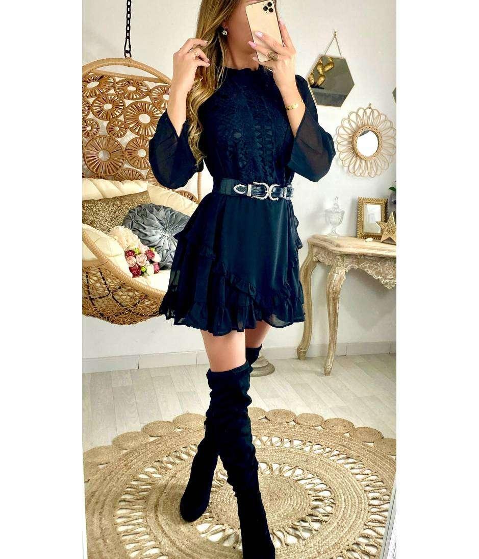 "Ma jolie robe ample ""noire brodée"""