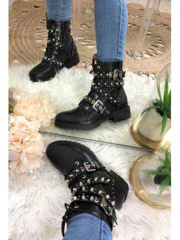 """Mes bottes à lacets cloutées """" black & strass"""""""