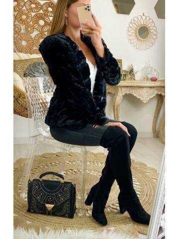 """Veste black zippée """"style fourrure et capuche"""""""