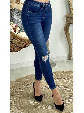 """Mon jeans slim """"genoux destroy"""""""