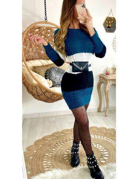 Ma jolie robe en maille bleu canard