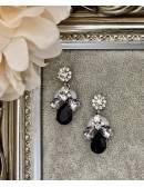 """Mes boucles d'oreilles en fleurs """"grey & black"""""""