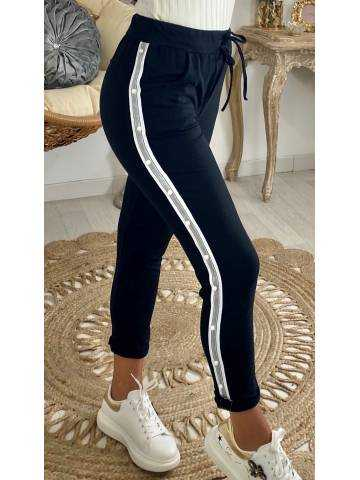 "Mon pantalon de jogging noir ""jolies perles"""