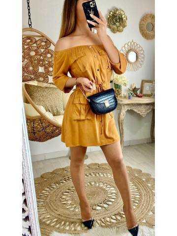 """Ma jolie robe moutarde """"porté épaules"""""""