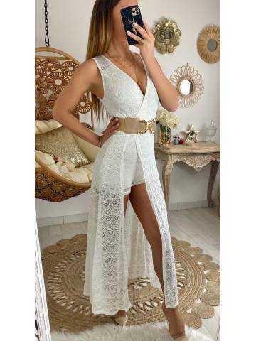 "Ma robe longue et son short blanche  ""so dentelle"""