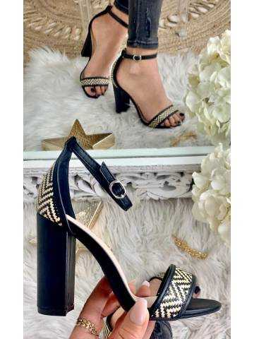Mes sandales à talon black & nude