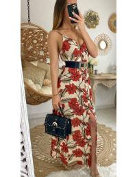 Ma jolie robe longue beige et fleurs rouges