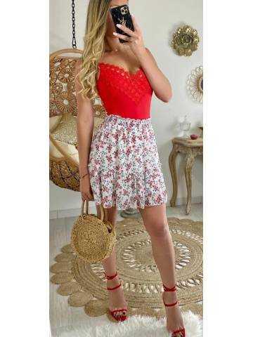 Ma petite jupe blanche fleurs rouges & volant
