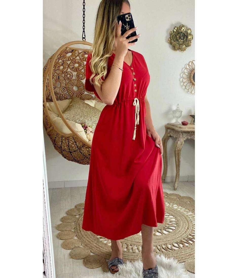"Ma longue robe rouge ""boutons et pompons"""