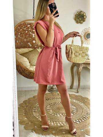Ma jolie robe rose blush fluide et épaulée