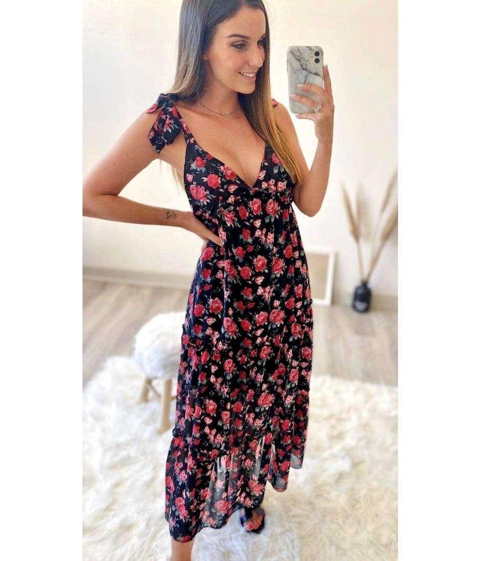 Ma Jolie Robe Longue Noire Et Jolies Roses Bretelles Nouees Mylookfeminin Un Look Un Concept Un Prix