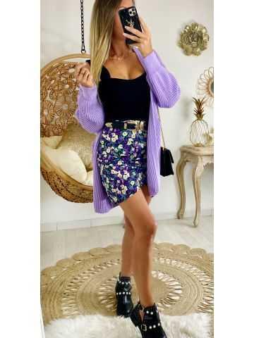 Ma jolie jupe violette et jolies fleurs