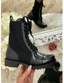Mes bottines black lacet à talon cranté