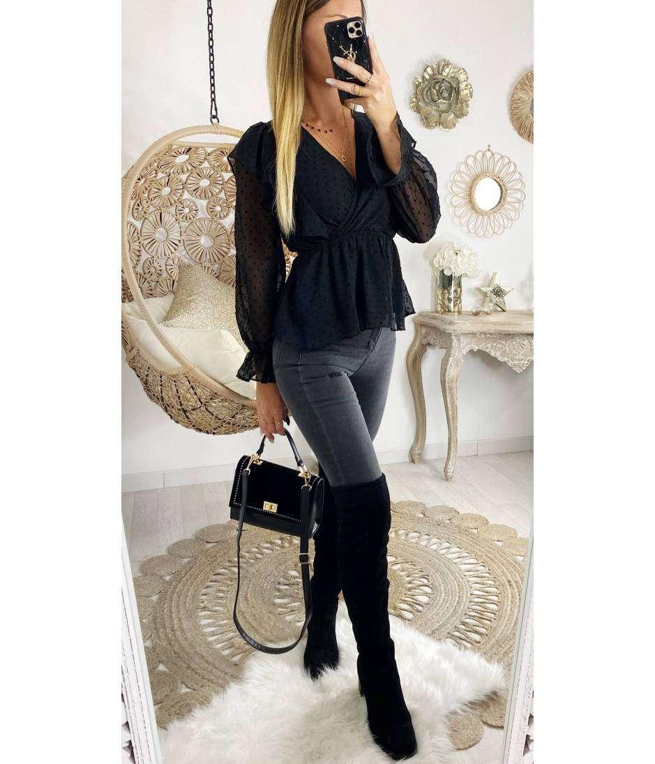 Ma jolie blouse noire plumetis et volants
