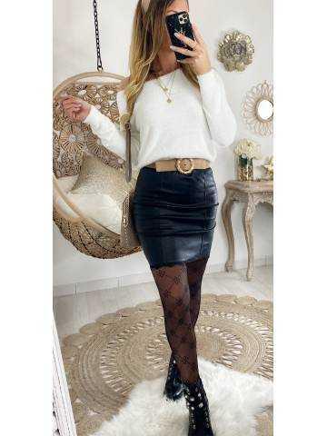 Ma petite jupe noire style cuir et fine dentelle