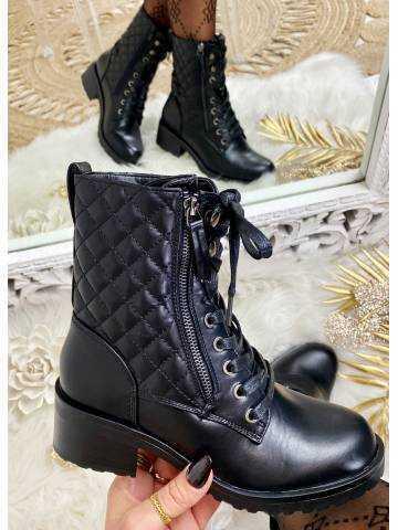 """Mes petite bottines noires à lacet  """"Matelassées"""""""
