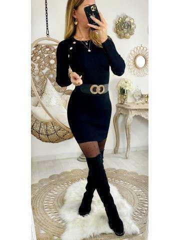 Ma jolie robe noire côtelée et boutons dorés