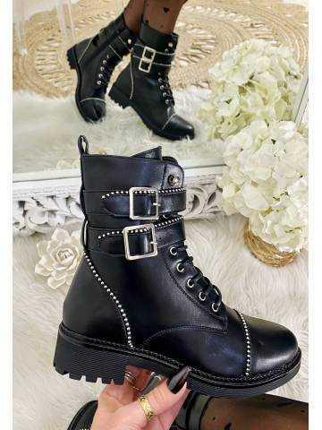 """Mes jolies bottines à lacets """"black & clous"""""""