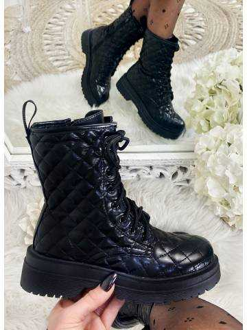 """Mes jolies bottines noires à lacet """"matelassée"""""""