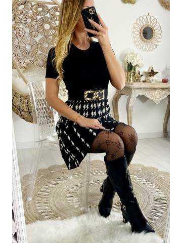 Ma jolie robe en maille noire et pied de poule