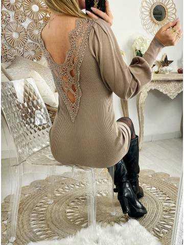 "Ma robe côtelée taupe ""superbe dos dentelle"""