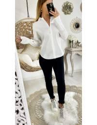 Ma jolie chemise blanche basic