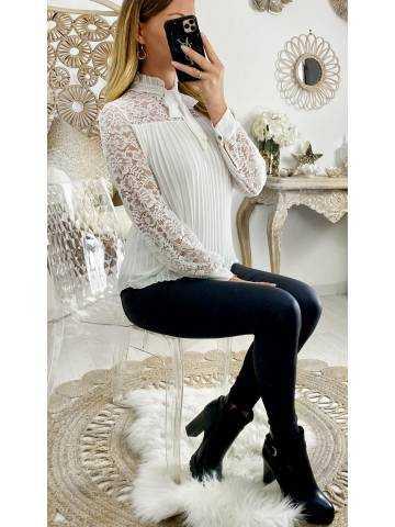 """Ma blouse blanche """"buste dentelle et plissée"""""""