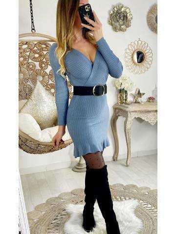 Ma jolie robe bleue ciel côtelée et cache coeur