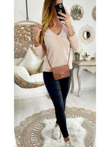 """Mon pull rose pale col V tout doux """"jolies broderies"""""""