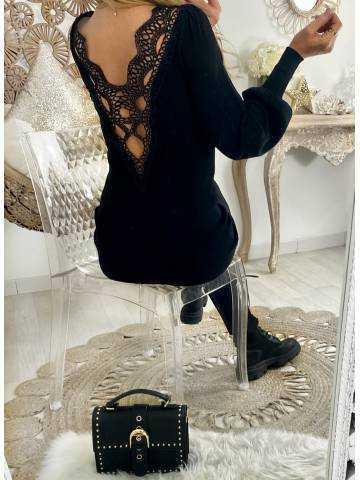 """Ma robe côtelée noire  """"superbe dos dentelle"""""""