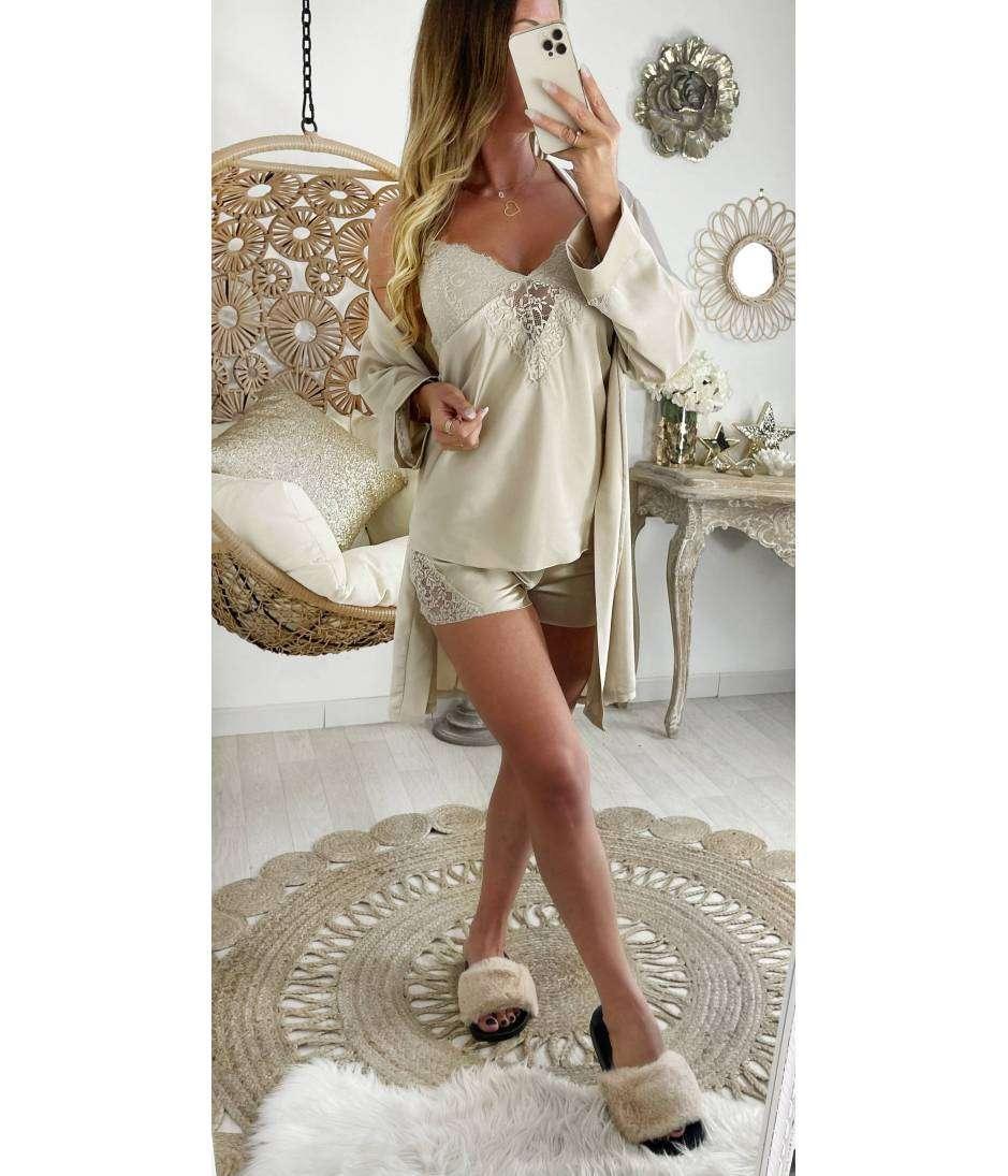 Mon ensemble 3 pièces pyjama short satiné beige nude