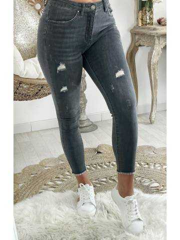 """Mon jeans gris  taille moyenne """"Used"""""""