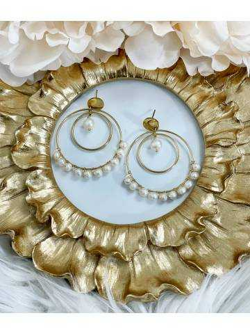 Boucle d'oreille gold and pearls