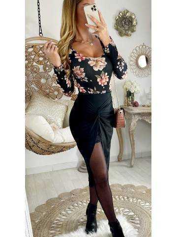 Ma jolie jupe noire en lycra drapée