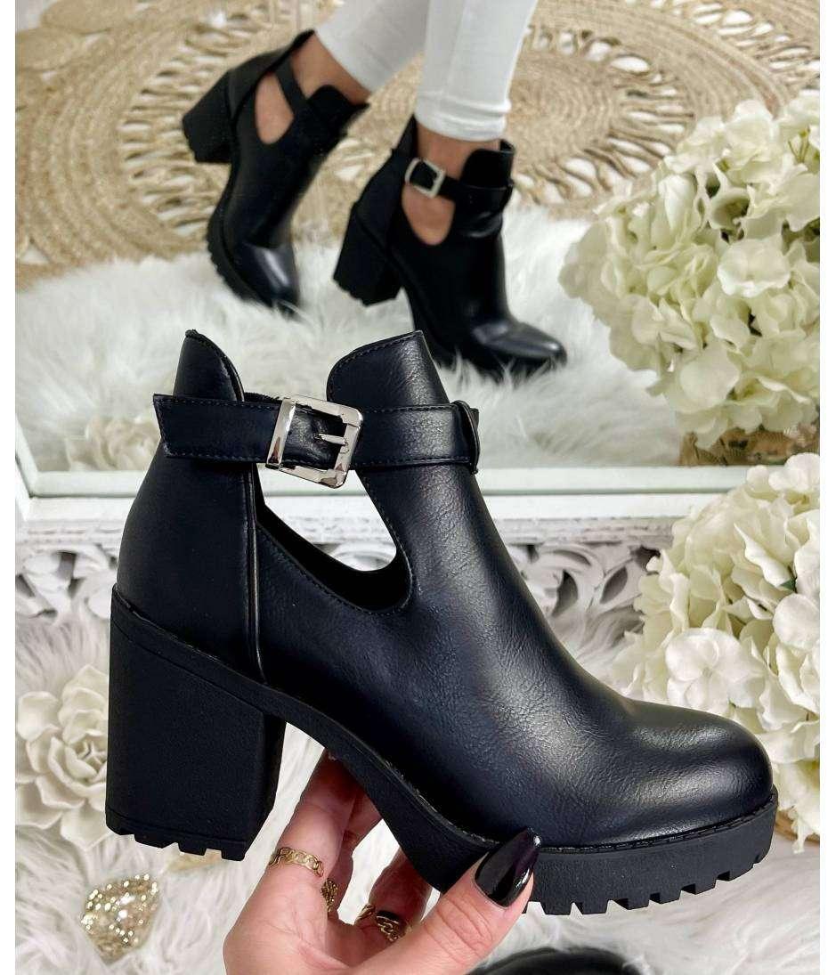 Mes boots black style cuir ajourées