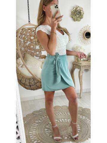 Ma jolie jupe porte feuille vert d'eau