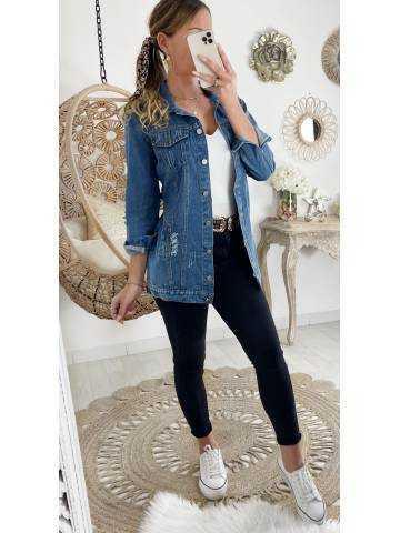 Ma veste en jeans loose destroy et ceinturée