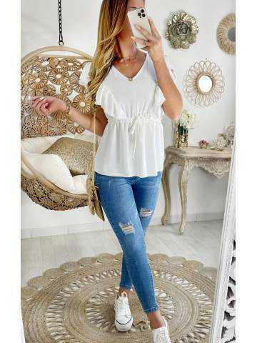"""Ma blouse blanche  col V """"volants et dos lacet"""""""
