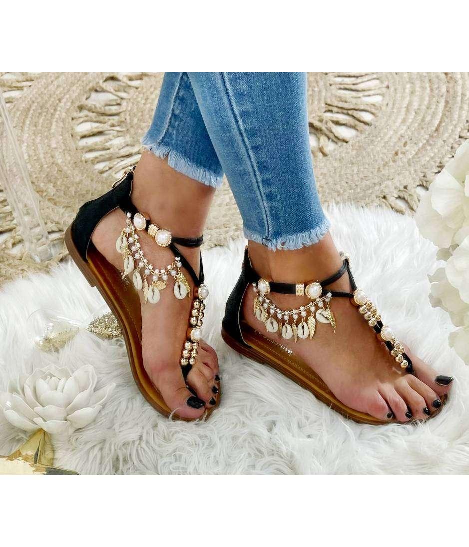 "Mes petites sandales black "" Gold Pearls & Charms"""