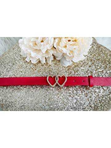 ma ceinture rouge à boucle coeur
