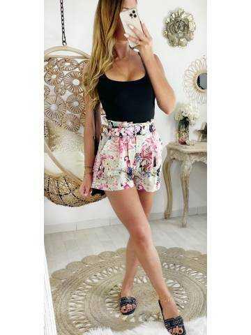 Mon short Pink fleuri taille haute & sa ceinture