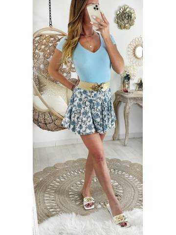 Ma jolie jupe porte fleurs bleues et volants