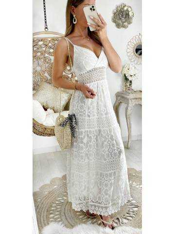 """Ma robe longue blanche """"so dentelle & broderies"""""""